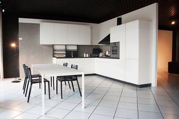 Rivenditore cucine Varenna - Monza e Milano